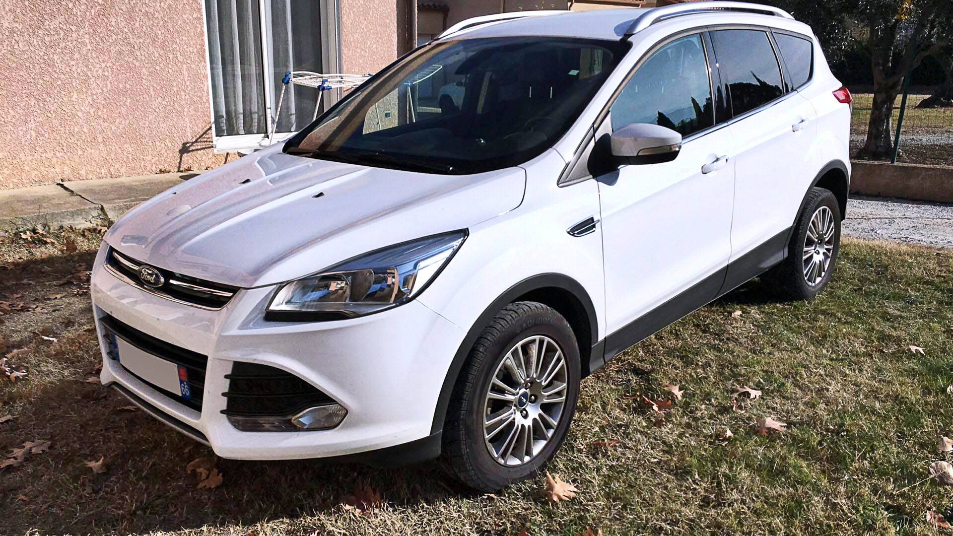 ford kuga d 39 occasion 2 0 tdci 140 titanium 2wd toulouges carizy. Black Bedroom Furniture Sets. Home Design Ideas