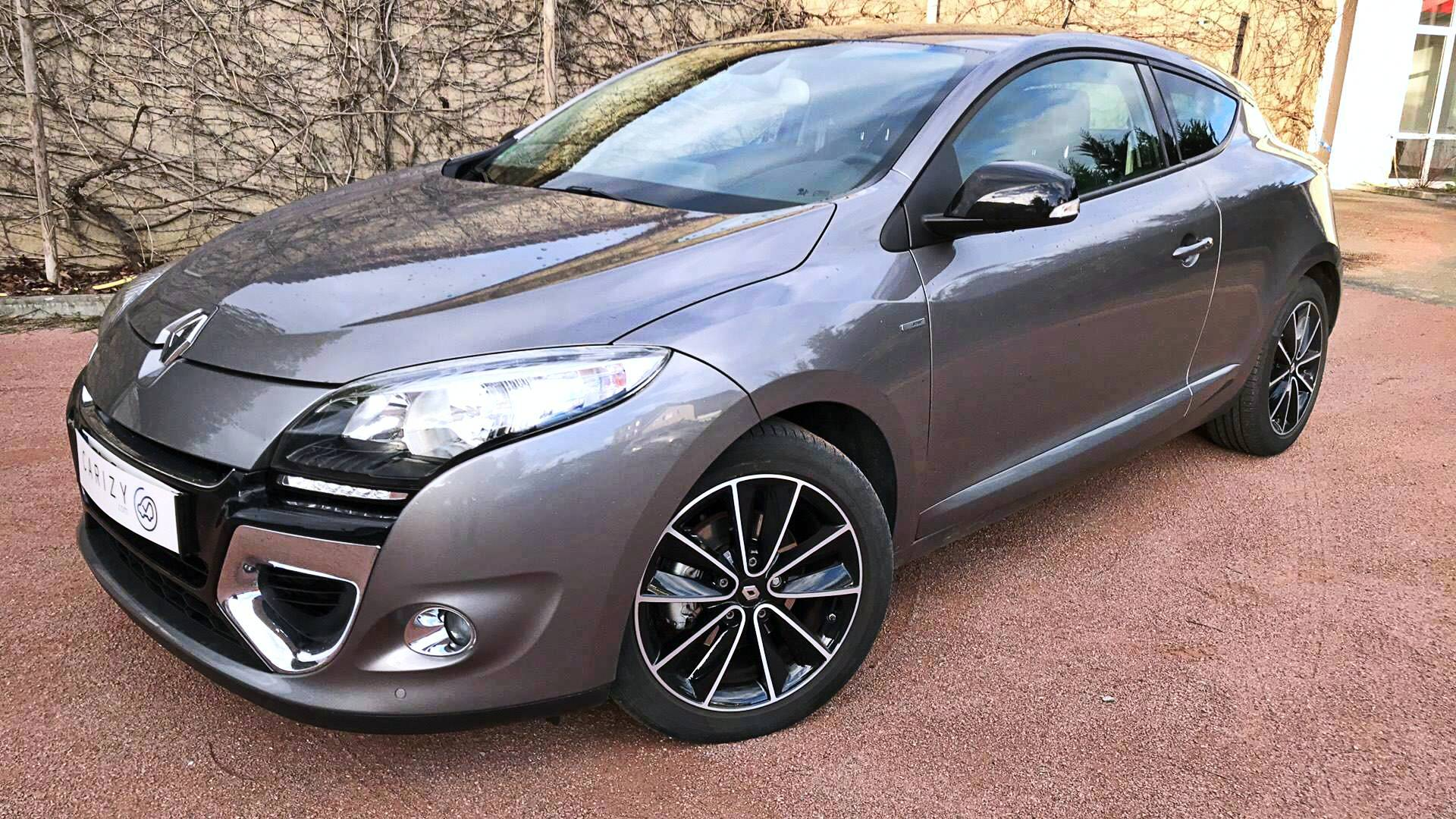 renault megane d 39 occasion coupe 1 4 tce 130 bose le mans carizy. Black Bedroom Furniture Sets. Home Design Ideas