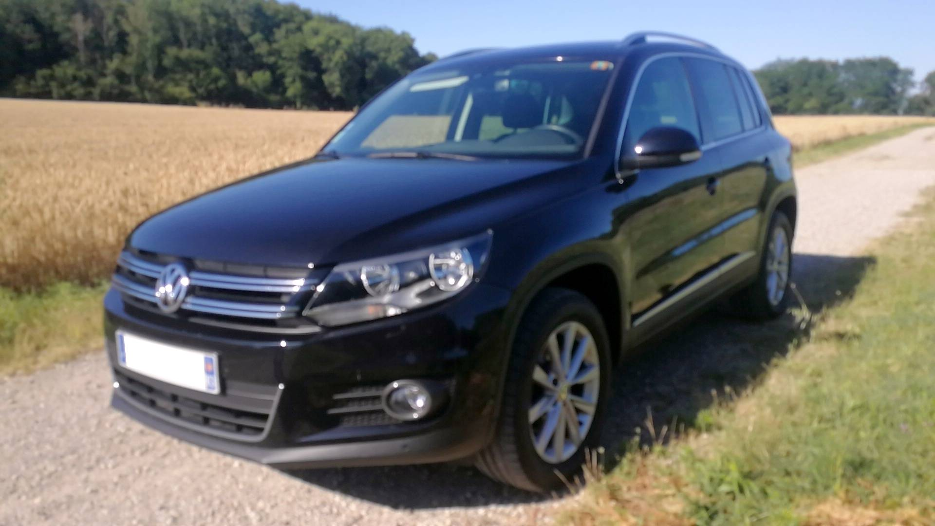 volkswagen tiguan d 39 occasion 2 0 tdi 140 bluemotion sport line 4motion caluire et cuire carizy. Black Bedroom Furniture Sets. Home Design Ideas