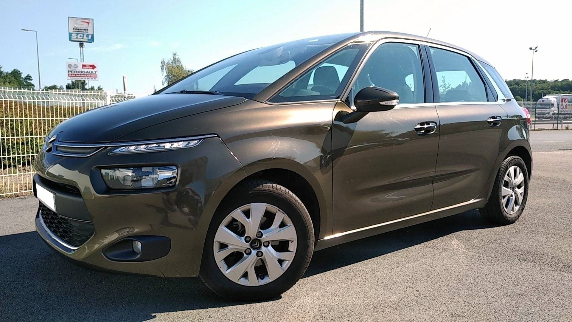 citroen c4 picasso d 39 occasion 1 6 hdi 115 intensive riorges carizy. Black Bedroom Furniture Sets. Home Design Ideas