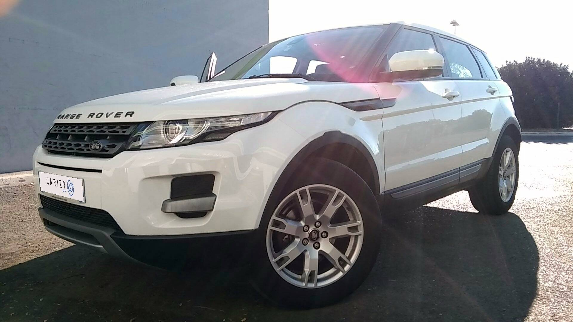 land rover evoque d 39 occasion 2 2 td4 150 pure 4wd bva. Black Bedroom Furniture Sets. Home Design Ideas