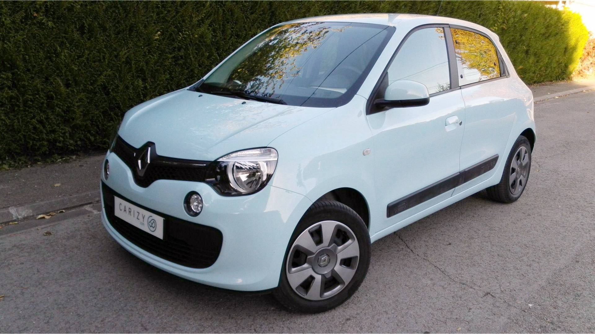 renault twingo d 39 occasion 1 2 lev 75 zen paris la defense cedex carizy. Black Bedroom Furniture Sets. Home Design Ideas