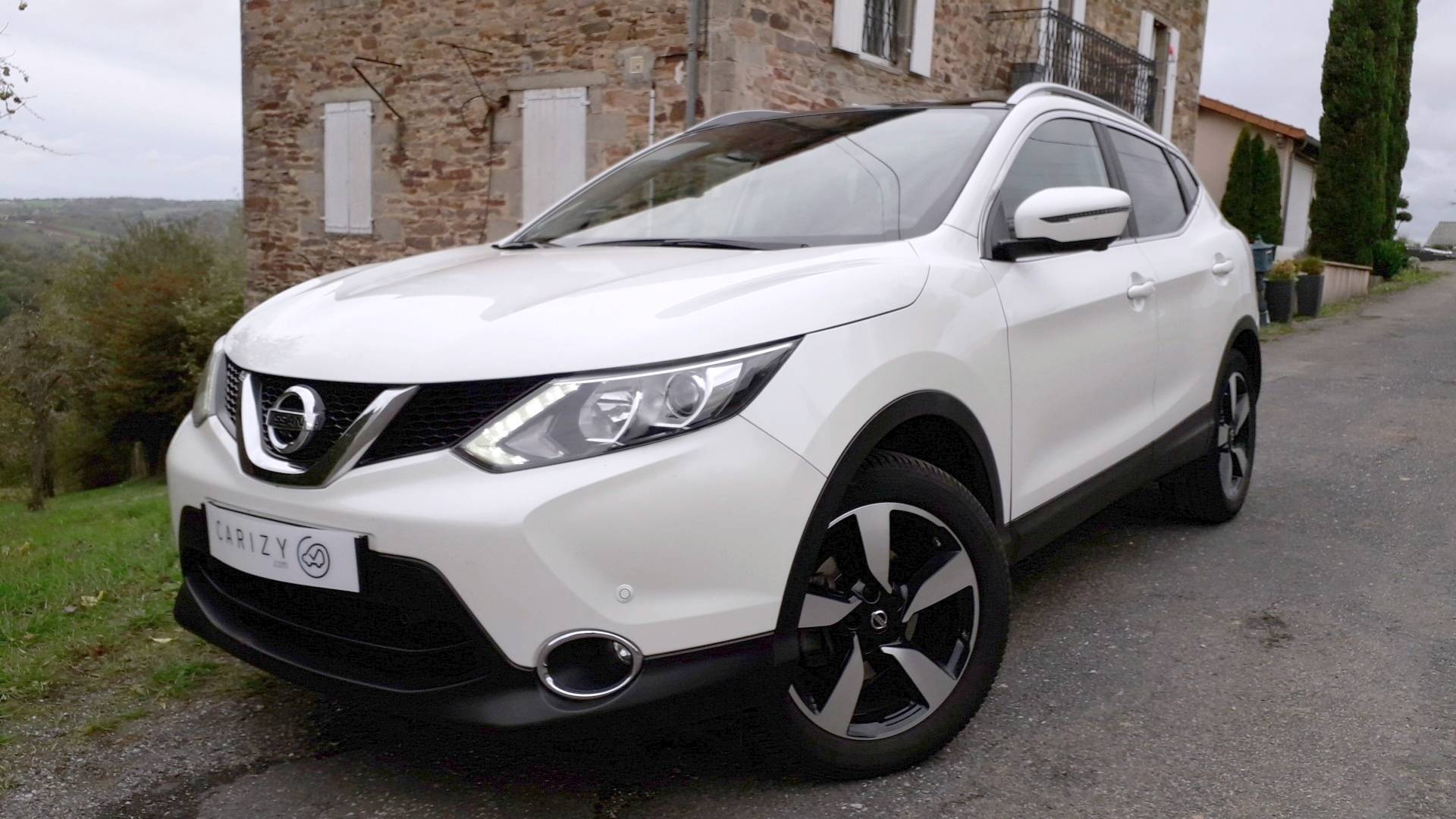 nissan qashqai d 39 occasion 1 5 dci 110 connect edition 2wd balsac carizy. Black Bedroom Furniture Sets. Home Design Ideas
