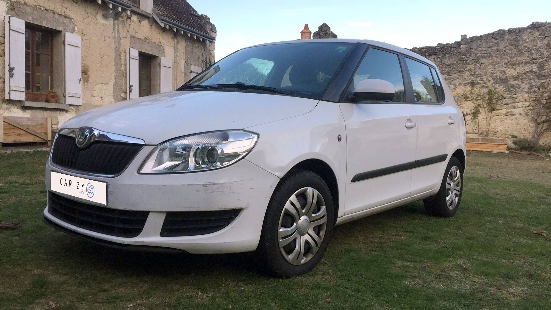 skoda fabia d 39 occasion 1 6 tdi 75 active th s e carizy. Black Bedroom Furniture Sets. Home Design Ideas