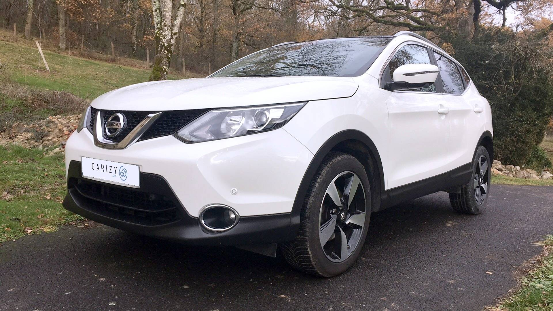 nissan qashqai d 39 occasion 1 5 dci 110 connect edition 2wd bort l 39 tang carizy. Black Bedroom Furniture Sets. Home Design Ideas