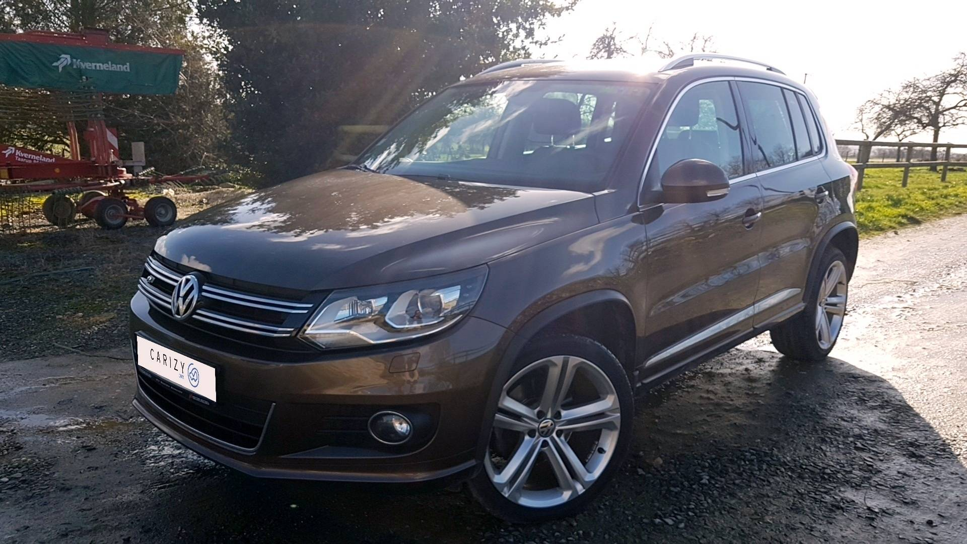 volkswagen tiguan d 39 occasion 2 0 tdi 180 bluemotion r line 4motion dsg bva laval carizy. Black Bedroom Furniture Sets. Home Design Ideas