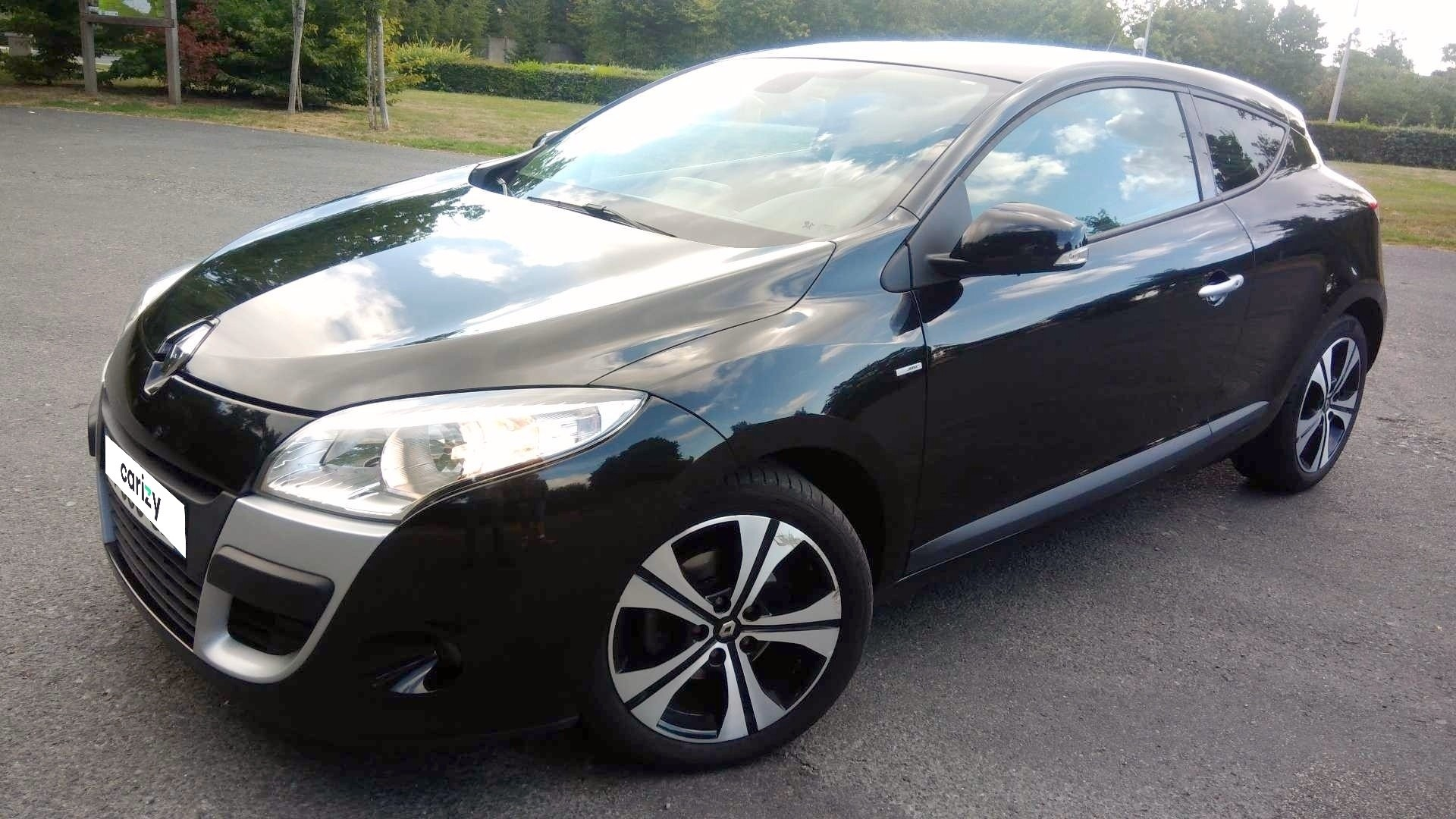 Renault Megane Iii Coupe D Occasion Megane Iii Coupe Tce 130 Bose Euro 5 Saint Macaire En Mauges Carizy